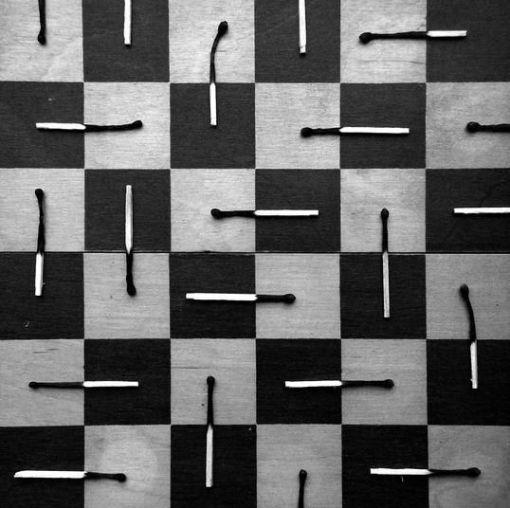 chibrituri pe tabla de sah