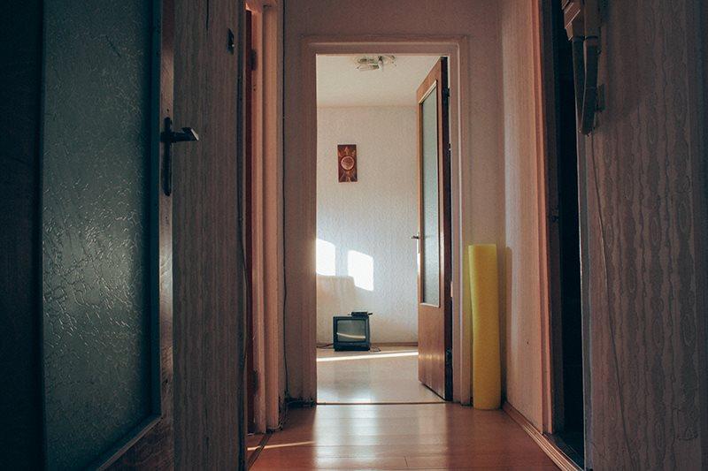 Hol_apartament_locuire@Case Vii
