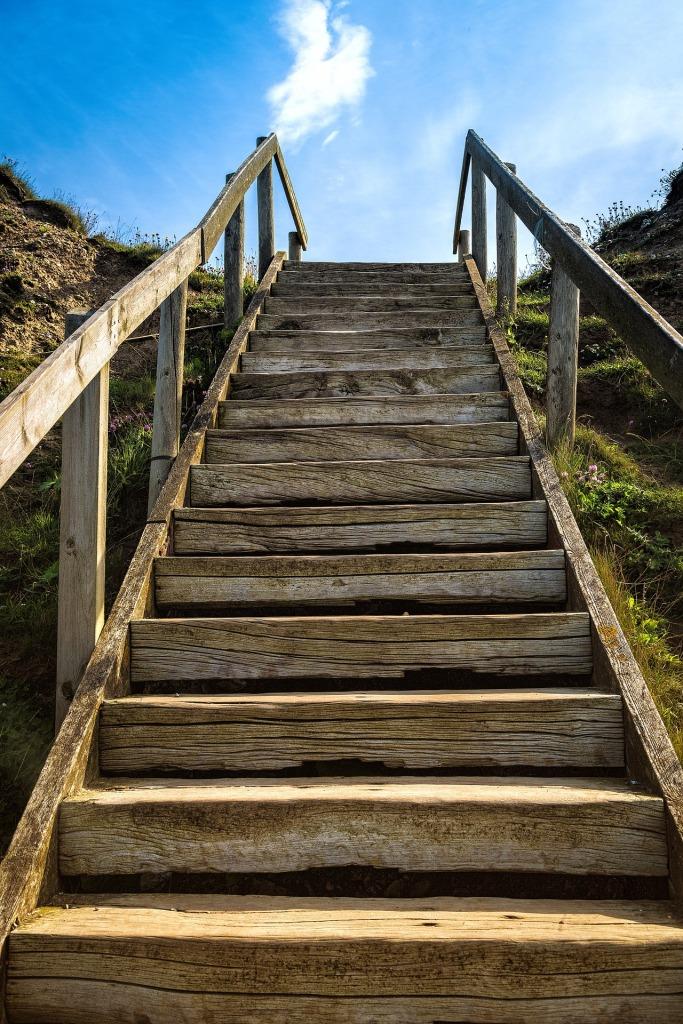 stairs-1458533_1920.jpg